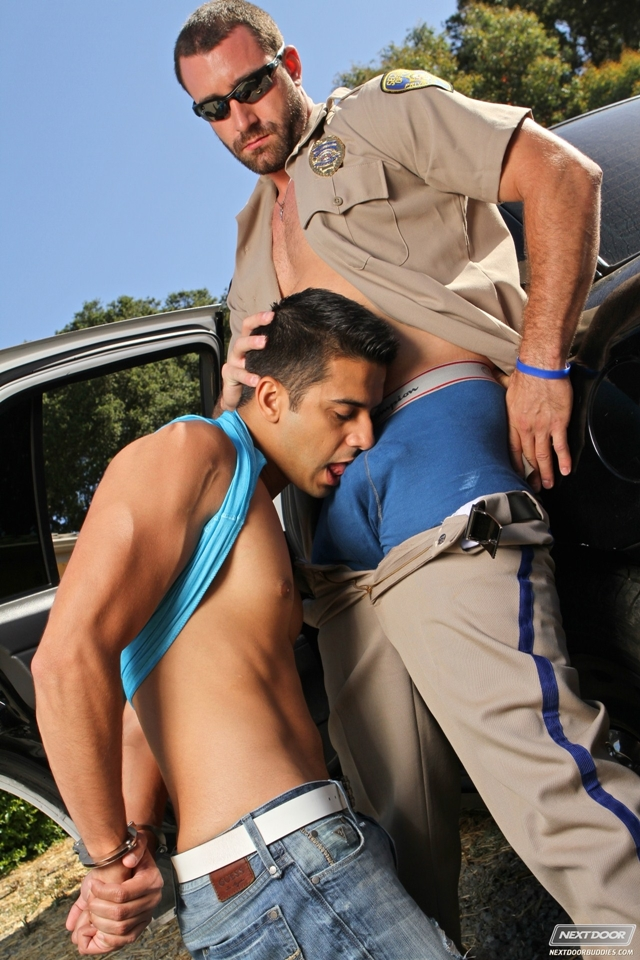 Sexy-gay-cop-Vinny-Castillo-fucks-ass-of-Ray-Diaz-gay-sex-police-car-Next-Door-Buddies-02-photo