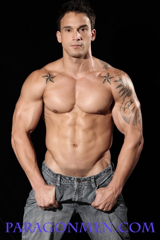 Marcel-MRod-Paragon-Men-all-american-boy-naked-muscle-men-nude-bodybuilder-photo03-gay-porn-pics-photo