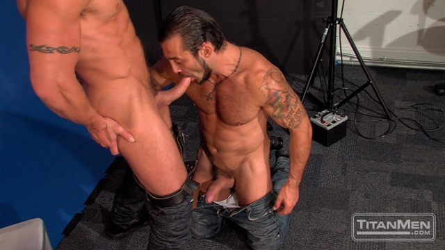 George-Ce-and-Trenton-Ducati-Titan-Men-gay-porn-stars-rough-older-men-anal-sex-muscle-hairy-guys-muscled-hunks-04-gallery-video-photo