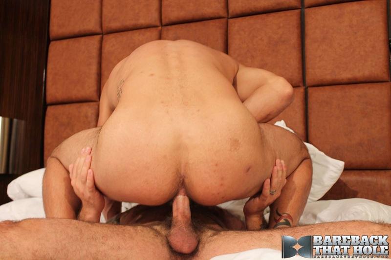 bareback that hole  Scotty Rage and Nick Andrews