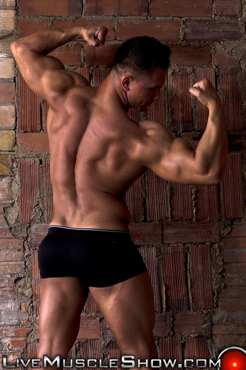 live muscle show  Dario DeMarco