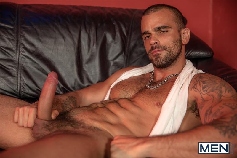 Gay Horny Men Dick 113