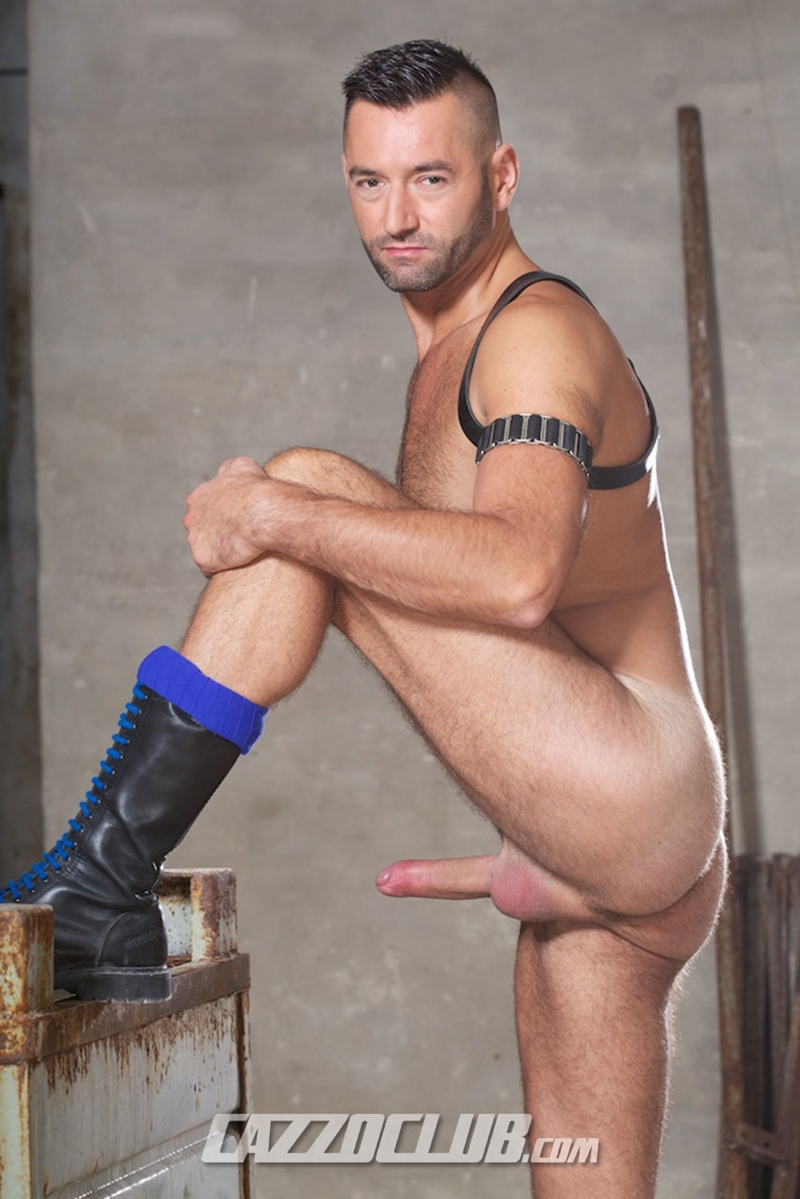 CazzoClub-Portuguese-sneaker-pig-Fostter-Riviera-man-hole-Dutch-gay-porn-star-Michael-Selvaggio-butt-slut-pig-piss-fisting-008-tube-video-gay-porn-gallery-sexpics-photo