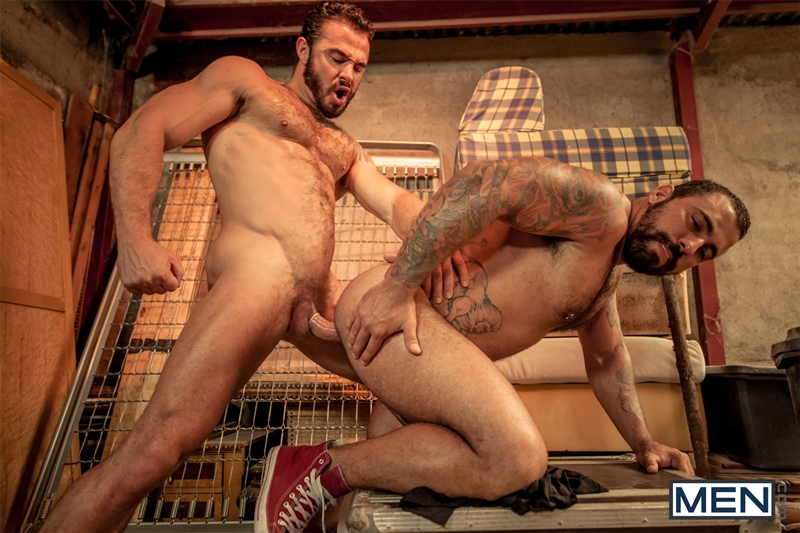 naked gay men fucking in the ass