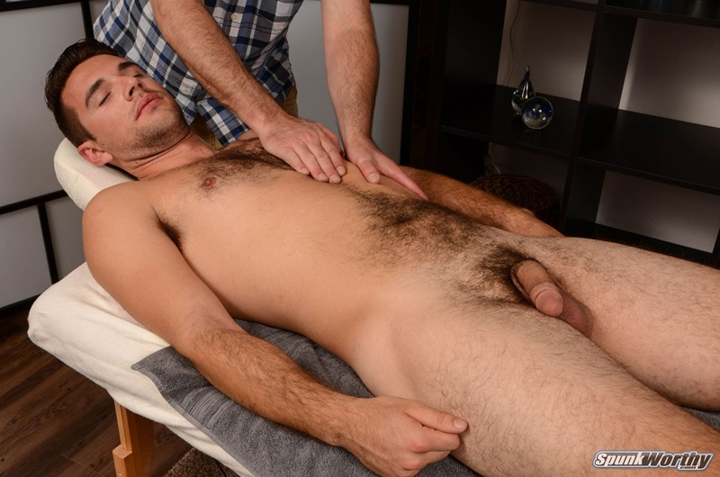 Andrew Crime bareback fucks Dom Ully's tight muscled asshole