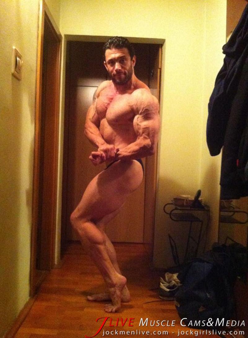 jockmenlive-jock-men-live-muscle-show-steve-bulk-massive-muscle-bodybuilder-naked-muscleman-huge-arms-lats-ripped-abs-004-gay-porn-sex-gallery-pics-video-photo
