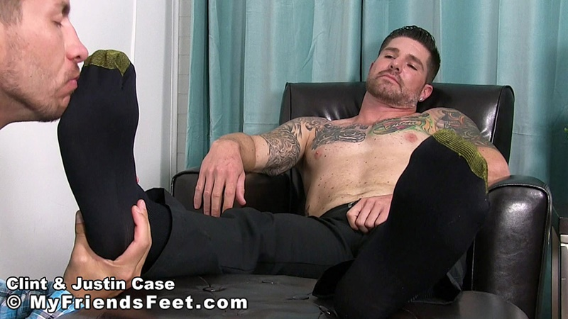 myfriendsfeet-foot-fetish-young-guys-socks-justin-case-clint-bare-foot-worshiping-huge-size-13-shoes-feet-fetishist-005-gay-porn-sex-gallery-pics-video-photo