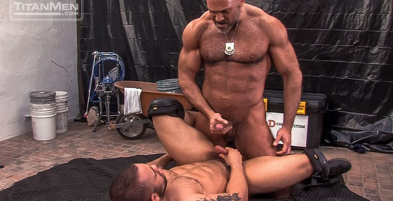 Rikk York takes the dick like a pro and sucks on Damian Taylor's big cock as Seth Santoro pounds away