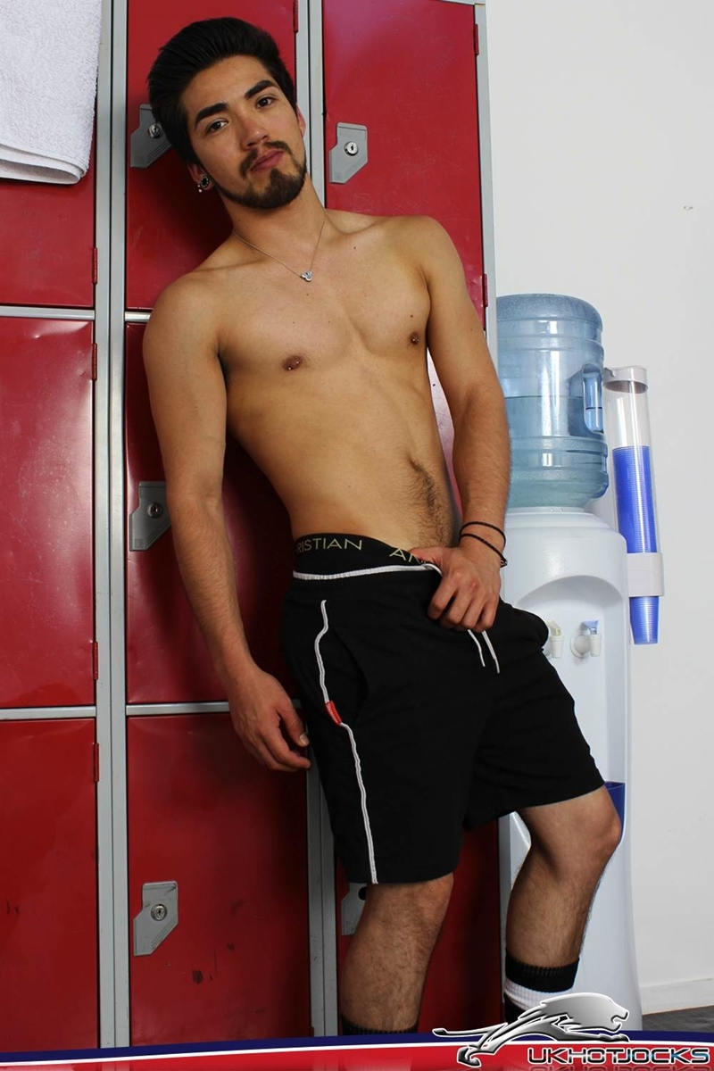 UKHotJocks-Sexy-cute-Alexis-Belfort-gorgeous-exhibitionist-locker-room-sexy-pierced-nipples-crotch-dick-shorts-hot-horny-locker-jock-007-tube-download-torrent-gallery-sexpics-photo