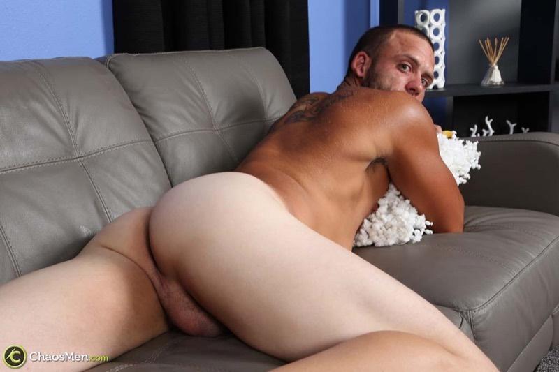 chaosmen-straight-beard-nude-dude-rough-construction-worker-kendrick-jerks-huge-8-inch-dick-tattoo-big-muscle-hunk-wanking-017-gay-porn-sex-gallery-pics-video-photo