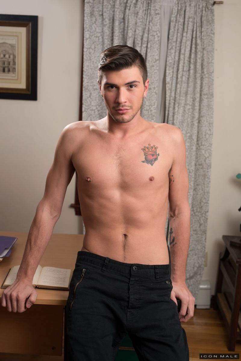 gay Author: Justin Kirkland