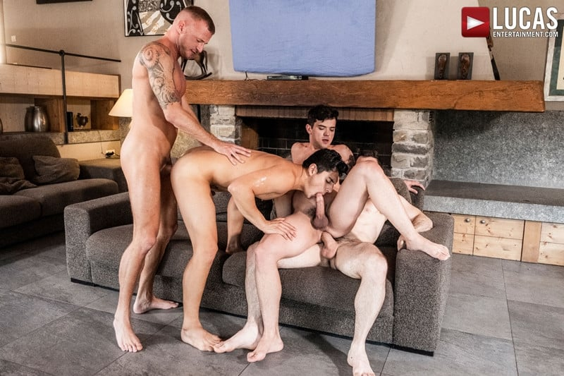 Men for Men Blog Gay-Porn-Pics-017-Dakota-Payne-Ken-Summers-Logan-Rogue-Max-Arion-Hardcore-ass-fucking-orgy-LucasEntertainment Hardcore ass fucking orgy with Dakota Payne, Ken Summers, Logan Rogue and Max Arion Lucas Entertainment