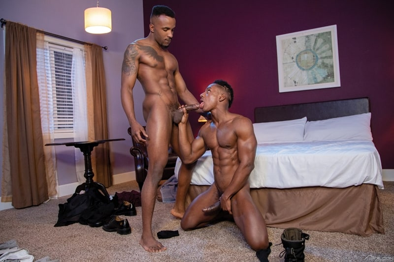 FalconStudios-Pheonix-Fellington-Liam-Cyber-bareback-fucking-Devin-Franco-hot-raw-ass-hole-008-Gay-Porn-Pics