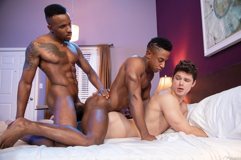 FalconStudios-Pheonix-Fellington-Liam-Cyber-bareback-fucking-Devin-Franco-hot-raw-ass-hole-012-Gay-Porn-Pics