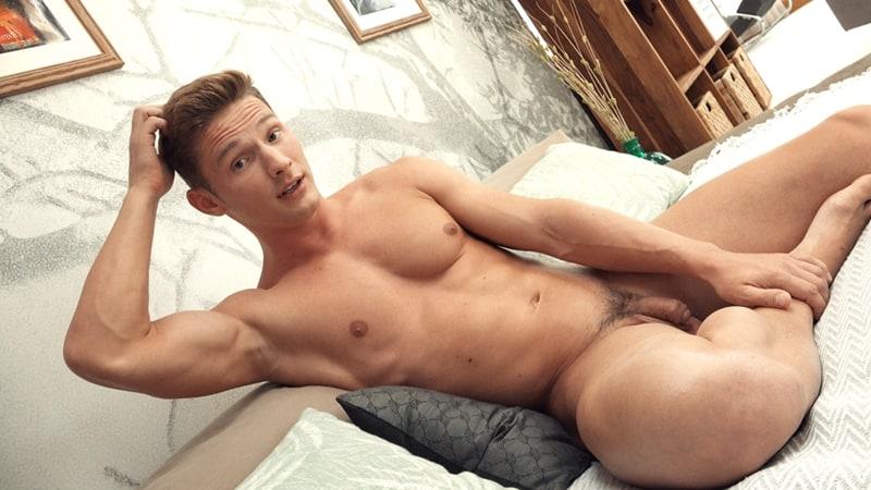 Freshmen-Sexy-young-European-dude-Viggo-Sorensen-004-Gay-Porn-Pics