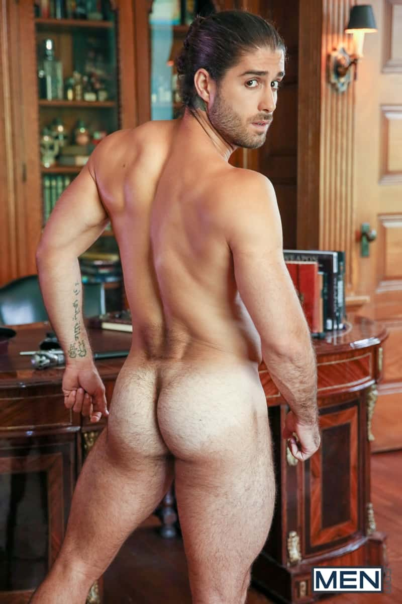 Hot-hairy-muscle-hunk-Diego-Sans-huge-cock-fucks-Colby-Tucker-smooth-bubble-butt-asshole-Men-008-Gay-Porn-Pics