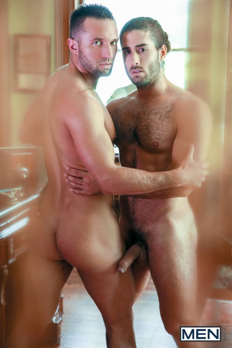Hot-hairy-muscle-hunk-Diego-Sans-huge-cock-fucks-Colby-Tucker-smooth-bubble-butt-asshole-Men-010-Gay-Porn-Pics