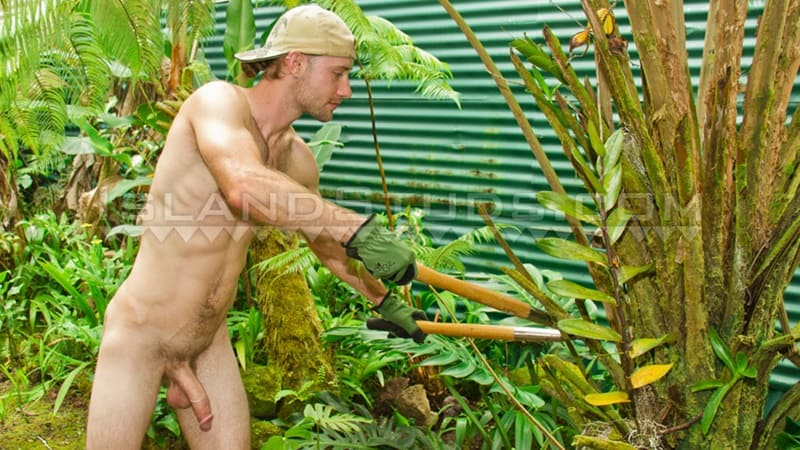 Straight ripped bearded farm boy Bowie shows off his hairy chest as he jerks his huge 9 inch cock