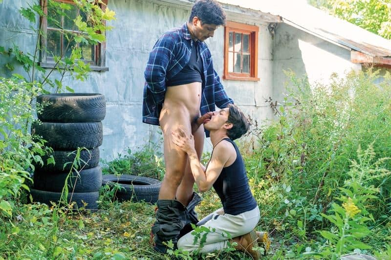 Outdoors muscle stud Rocky Vallarta's huge bare dick fucking hot young Edward Terrant's tight hole