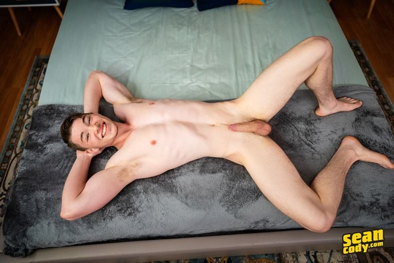 Sean Cody hottie young dude Conor wanks his huge dick blowing jizz all over his ripped body